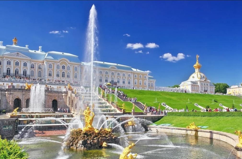 Санкт-Петербург<br> праздник <br>закрытия фонтанов